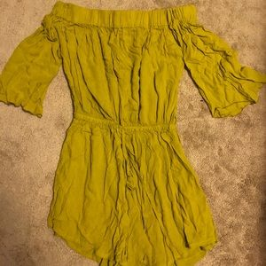 MISSING POLYNESIA ROMPER can fit sizes 4-12